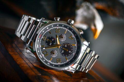 Имаме всички основания: Часовникът остава на ръката и по време на ваканцията